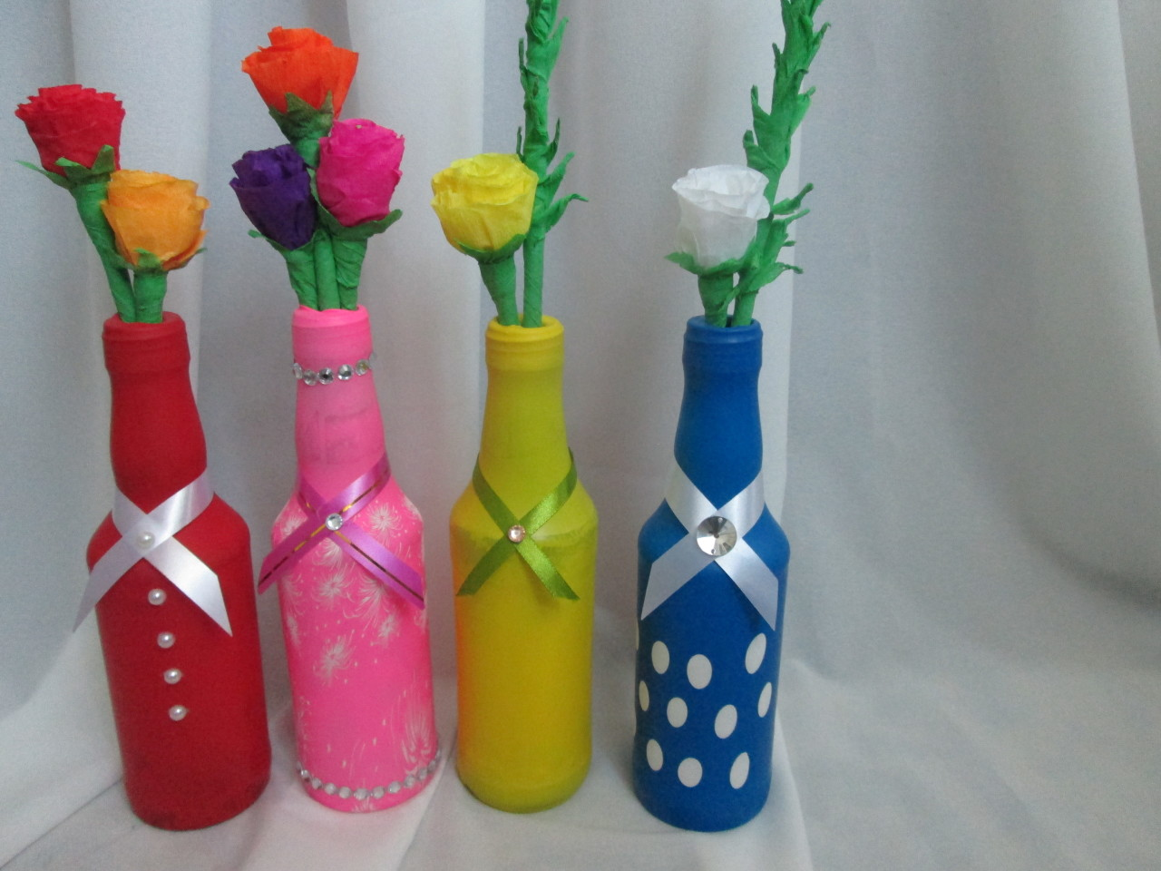 Декор бутылок воздушными шарами