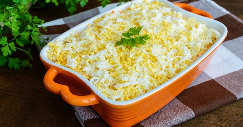 Еврейский салат: 10 минут, и вся семья сыта и довольна. Ем его с хлебом или лавашом.